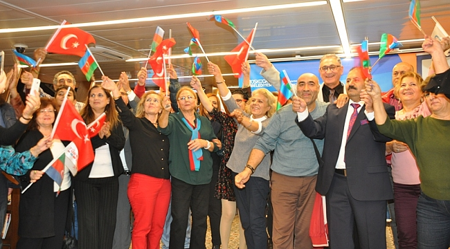 Azerbaycan Bağımsızlık Günü ve 100. Yılı İstanbul Boğazı'nda Kutlandı