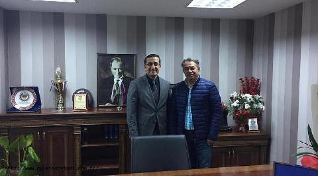 AFAD-SEN Başkanı Öztürk'ten Baro Başkanına Hayırlı Olsun Ziyareti