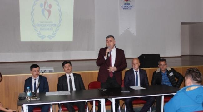 Milli Eğitim Müdürü Ercan Budanur  Beden Eğitimi Öğretmenleri ile Toplantı Yaptı