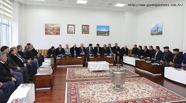 Rektör Alma, Tuzluca'daki Muhtarları Ağırladı