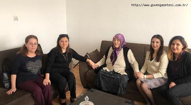 Sema Ünlü Şehit Ailesini Ziyaret Etti