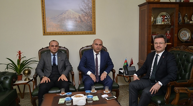 Azerbaycan Başkonsolosundan Vali Ünlü'ye Ziyaret