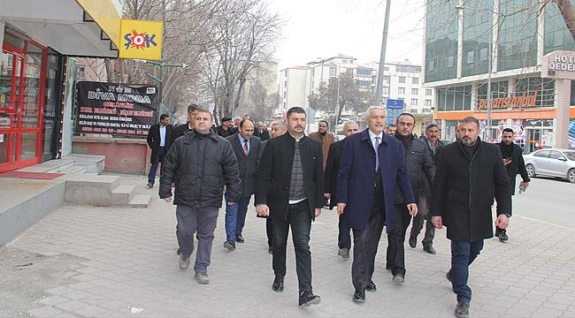 MHP Belediye Başkan Adayı Tezel'e Esnaftan Yoğun İlgi