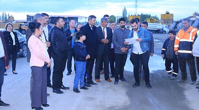 Iğdır Belediyesi Kendi Serasında 80 Bin Çiçek Fidanı Ekimi Yaptı