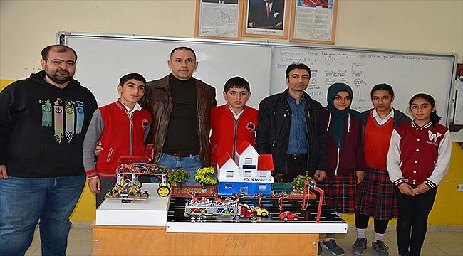 Şehit Öğretmen Şevki Akgün Ortaokulu TÜBİTAK Yarışmasında Türkiye Üçüncüsü Oldu