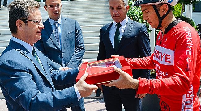 Iğdır'lı Bisikletçiler Samsun'a 1000 Km Pedal Çevirecek