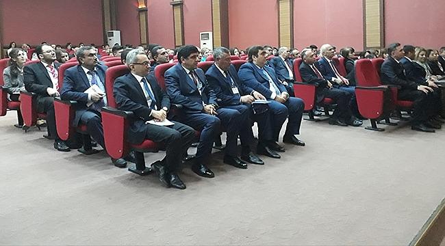 'Nahçıvan-Türkiye Diplomatik İlişkileri' Konferansında 'Eğitimde İş Birliği' Mesajı Verildi