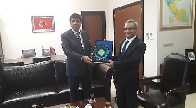 Rektör Alma, Nahcivan Başkonsolosu Mehmet Emin Kiraz'ı Ziyaret Etti