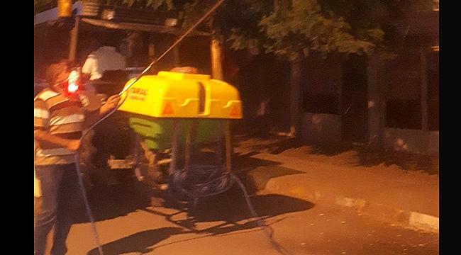 Belediye Sivrisinekle Mücadeleye Gece de Devam Ediyor
