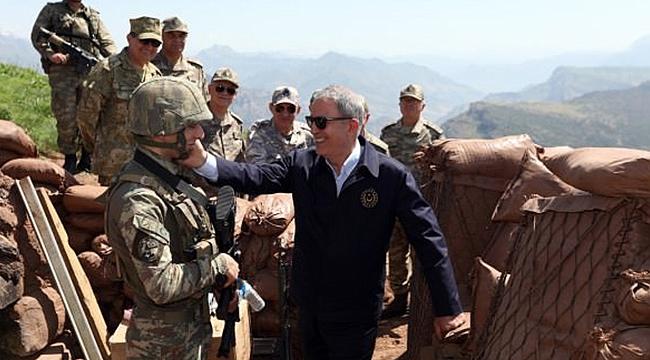 Milli Savunma Bakanı Hulusi Akar Iğdır'a Geldi