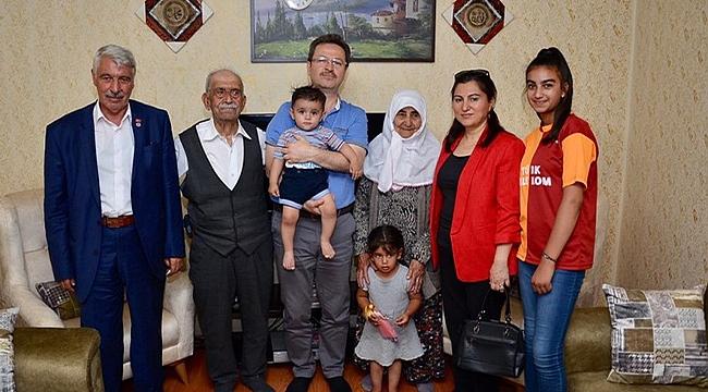Vali Ünlü Şehit Ailelerini Ziyaret Etti