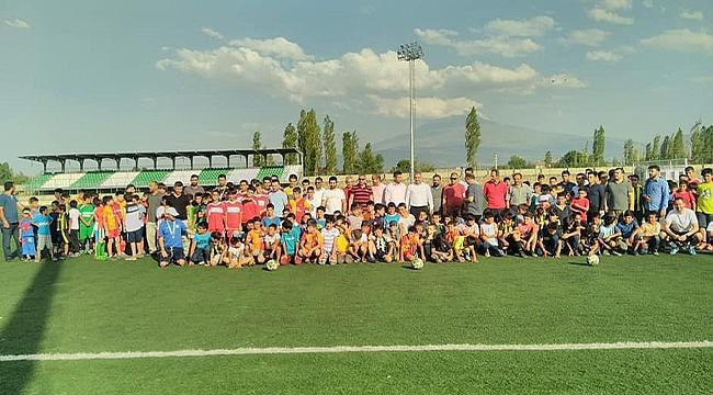 Yaz Kur'an Kursları Arası Futbol Turnuvası Düzenlendi