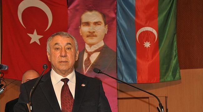 """Serdar  Ünsal: """"Elçibey'i Rahmetle Anıyoruz"""""""