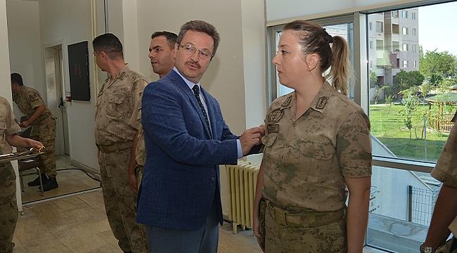 Vali Ünlü Jandarma Terfi Törenine Katıldı
