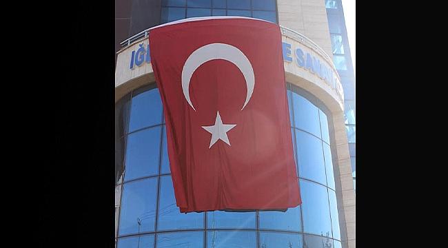 ITSO'dan İşyerlerine Bayrak Asma Çağrısı