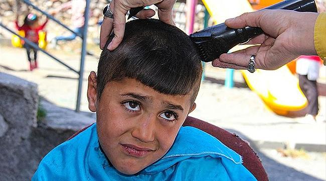 Köy Çocuklarının Saç Bakımı İçin Seferber Oldular