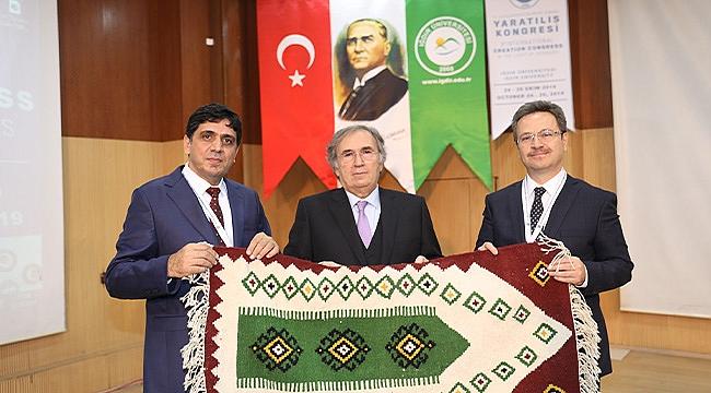 Prof. Dr. İbrahim Saraçoğlu Iğdır Üniversitesi'nde Konferans Verdi