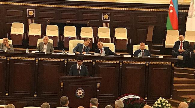 Rektör Alma Azerbaycan Milli İlimler Akademisinde Konuştu