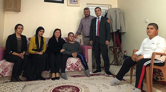 Sema Ünlü'den Engelli Çocukları Bulunan Aileye Ziyaret