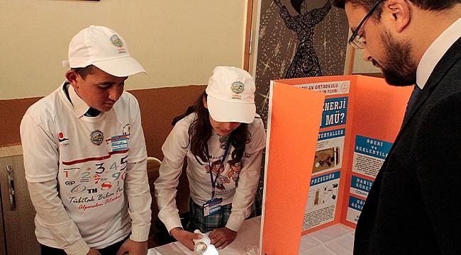 Alparslan Ortaokulu Tübitak Bilim Fuarı İle Göz Doldurdu