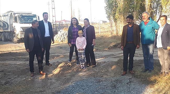 Başkan Akkuş Karaağaç Mahallesindeki Yol Çalışmalarını İnceledi