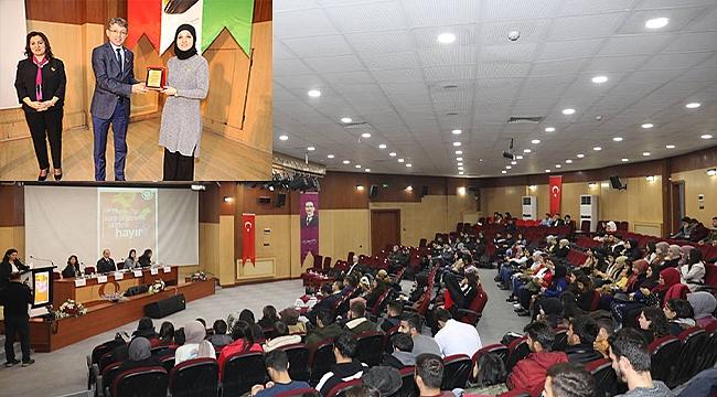 """Iğdır Üniversitesinde """"Kadına Yönelik Şiddete Hayır"""" Konulu Panel Düzenlendi"""