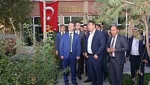 Vali Ünlü ve Milletvekili Karadağ'dan Karakoyunlu'ya Ziyaret