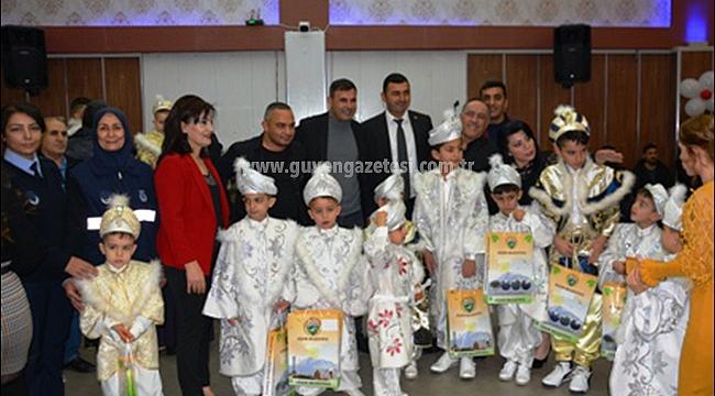 Gurbetçi Hayırsever Iğdır'lı 31 Çocuğu Sünnet Ettirdi