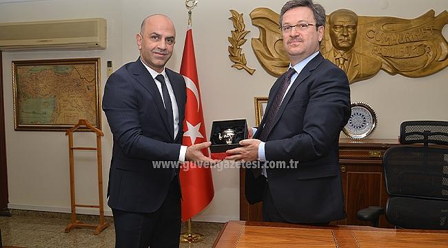 Iğdır Kültür ve Turizm Derneği Başkanı Engin'den Vali Ünlü'ye Ziyaret