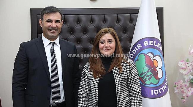 Belediye Başkanı Akkuş'tan Berat Kandili Mesajı