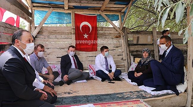 Vali Sarıibrahim'den Şehit Erhan Çiyapul'un Ailesine Ziyaret