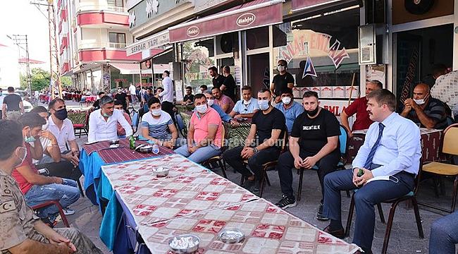 Vali Sarıibrahim Iğdırmava Kahvelerindeki Vatandaşlarla Bayramlaştı