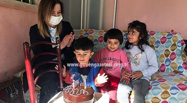 Hatice Sarıibrahim'den Kadan Ailesine Ziyaret