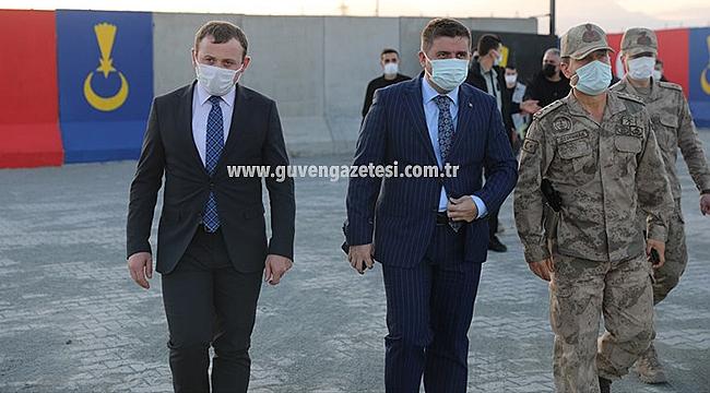 Vali Sarıibrahim Dilucu Jandarma Karakolunu İnceledi