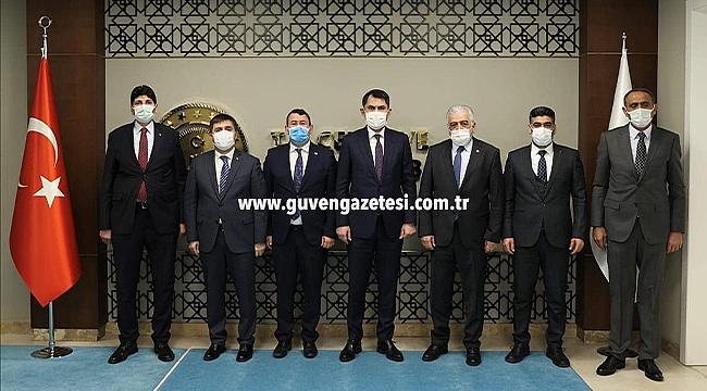 Iğdır Heyetinden Bakan Murat Kurum'a Ziyaret