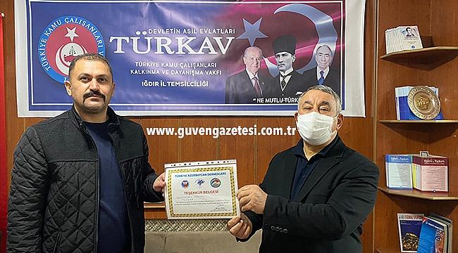 Serdar Ünsal'dan TÜRKAV İl Başkanına Teşekkür Belgesi
