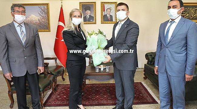 SGK İl Müdürü Birsen Dursun'dan Vali Sarıibrahim'e Ziyaret
